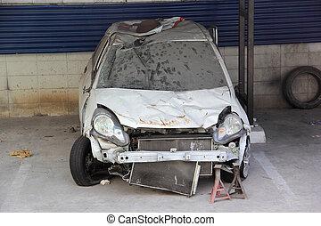 事故, 汽車