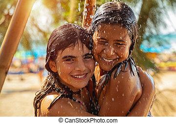 二, 很少, 愉快, 海灘, 女孩