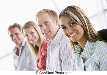 四, 微笑, 在室內, businesspeople, 坐