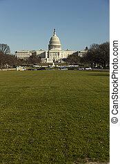國家, 小山, 團結, 州議會大廈