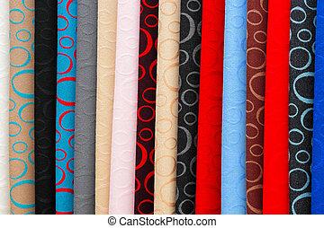 圍巾, 市場