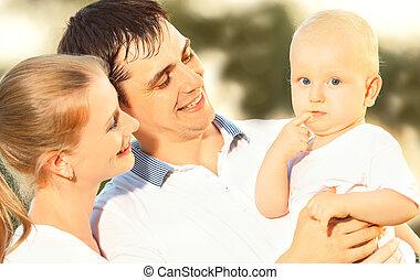 夏天, 家庭, 自然, 母親, 父親, 嬰孩, 愉快