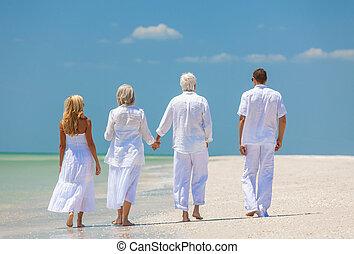 夫婦, 步行, 家庭, 人們, 二, 熱帶, 前輩, 海灘, 四