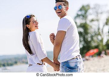 夫婦, 海灘, 年輕, 扣留手