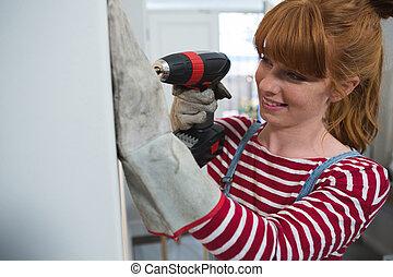 女性, 木匠, 機器, 使用, 操練