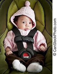 嬰孩汽車座位