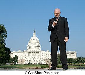 州議會大廈, 我們, 對議員進行拉攏疏通活動的人, 微笑的站, 前面, 白色