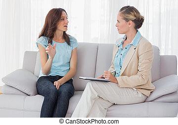 心理學家, 她, 婦女談話