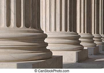 柱子, 正義, 法律