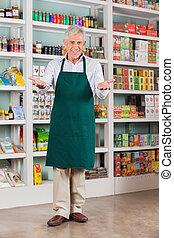 歡迎, 超級市場, 所有者, 高級的雄性, 商店