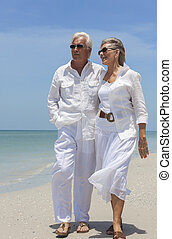 步行, 夫婦, 熱帶, 海, 年長者, 海灘, 愉快