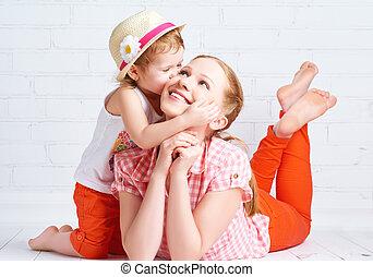 母親, 嬰孩, 愉快, 女儿, 親吻