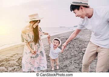 玩, 海灘, 傍晚, 家庭, 愉快, 亞洲人