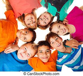 環繞, 孩子, 微笑, 一起, 愉快