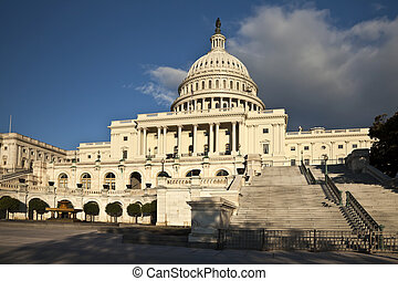 秋天, 州議會大廈, 我們