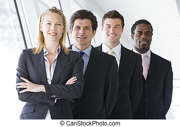 站立, 四, 微笑, businesspeople, 走廊