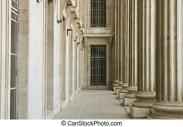 聯邦, 法院