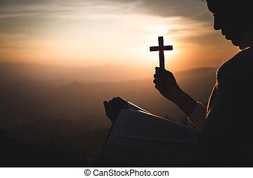 背景。, 手, 舉起, 神圣, 黑色半面畫像, 光, 聖經, 基督教徒, 產生雜種, 藏品, 傍晚, 婦女, 年輕