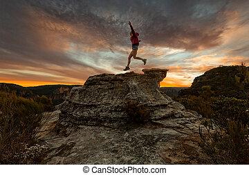 跳躍, 活躍, 傍晚, 懸崖, 山, 婦女