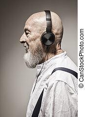 頭, 頭戴收話器, 年長, 禿頭的人