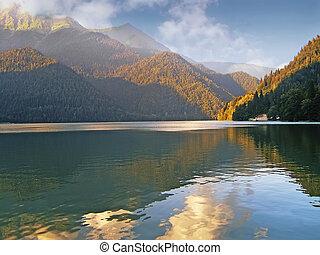 高加索, 山。, 湖, 阿爾卑斯山