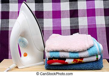 鮮艷, loincloth, 背景, 鐵, 堆, 電, 衣服