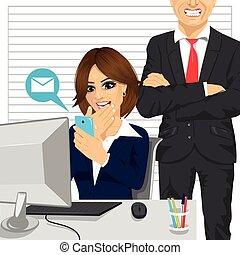 smartphone, 她, 聊天, 憤怒, 老板, 呼喊, 當時, 婦女, 秘書